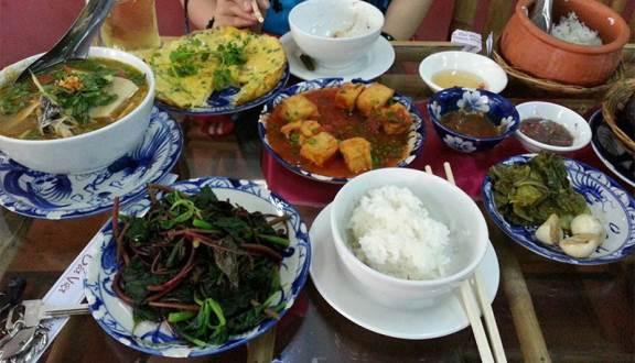Du lịch Vũng Tàu -  cơm niêu Đất Việt