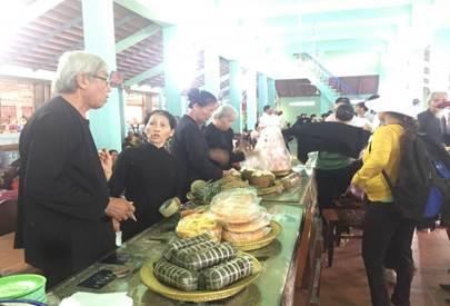 Du lịch Vũng Tàu - Lễ hội ở Nhà lớn Long Sơn