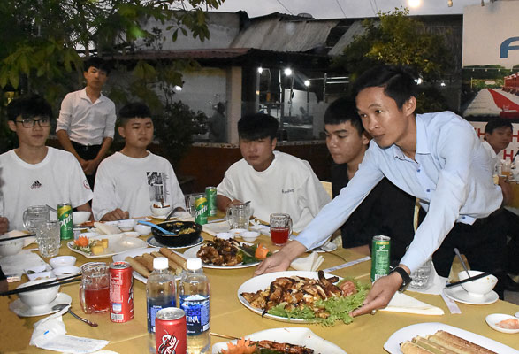 Du lịch Vũng Tàu - Nhà hàng Sông Rạch Hào